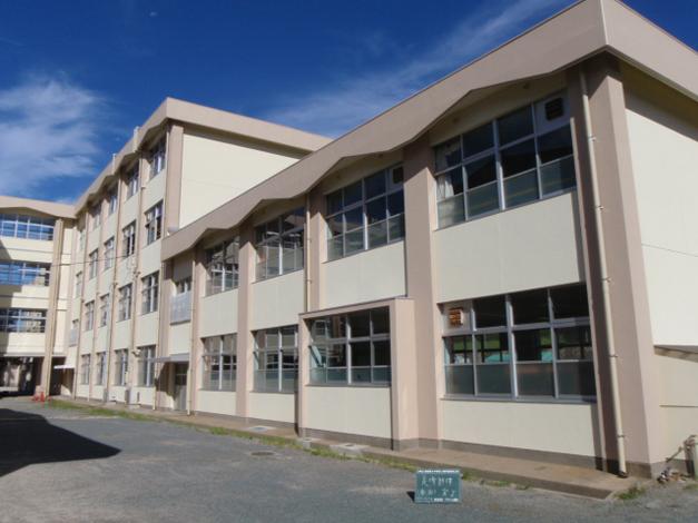 香椎第3中学校校舎外壁改修工事1