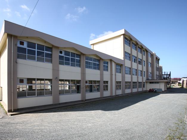 香椎第3中学校校舎外壁改修工事4