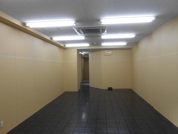 オクターブ博多駅前ビル4